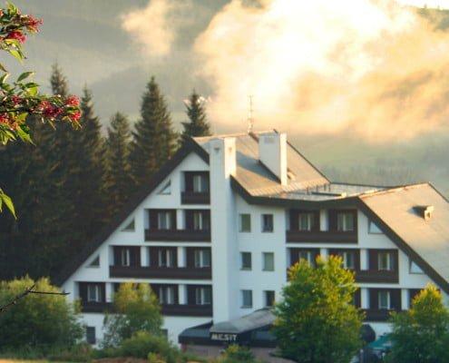 Hotel Mesit západ slunce